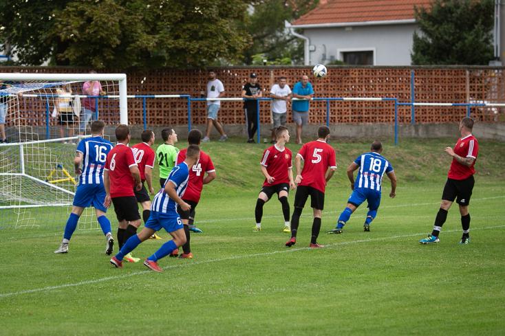 A fociszombat eredményei: Izsapon a félidőben 1:1 volt az állás, a meccs végén 1:10-t mutatott az eredményjelző
