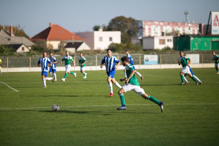 Nyugat-szlovákiai IV. liga, Délkeleti csoport, 11. forduló: Hengereltek a nagymegyeriek