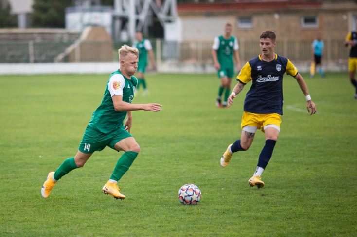 Nyugat-szlovákiai IV. liga, Délkeleti csoport, 3. forduló: Huszáros ipolysági hajrá Negyeden