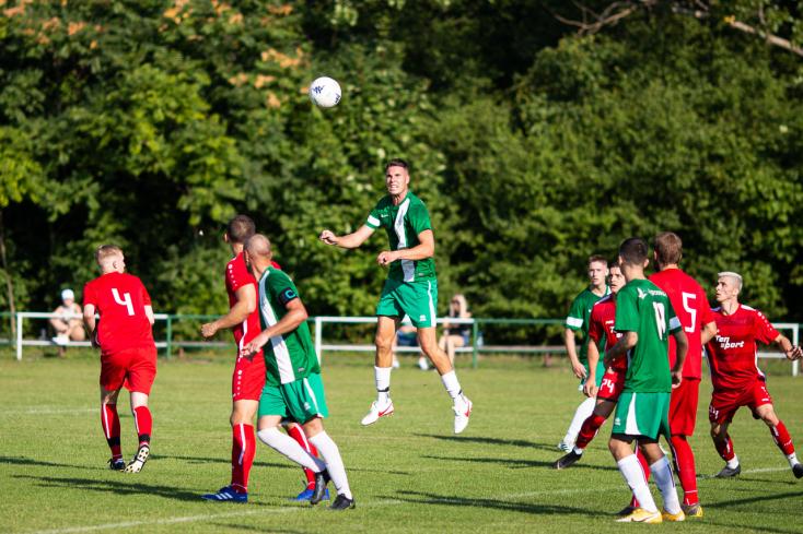 Nyugat-szlovákiai V. liga, Keleti csoport, 10. forduló: Vendégként csupán amuzslaiak zsákmányoltak három pontot
