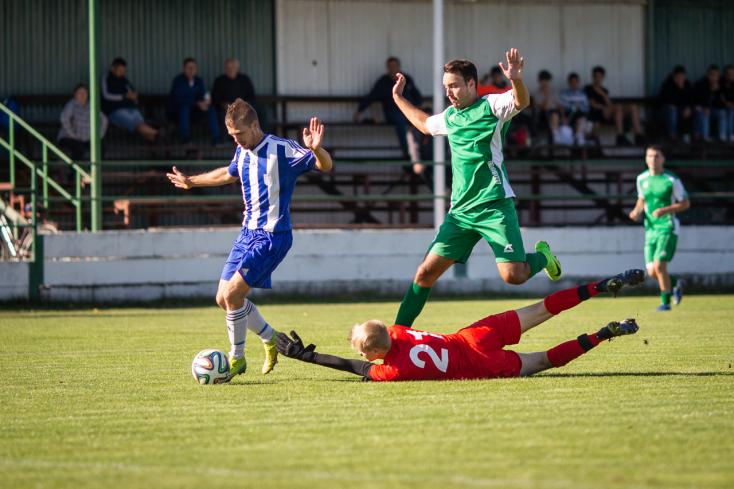 Nyugat-szlovákiai IV. liga, Délkeleti csoport, 7. forduló: Remekül hajráztak, nyertek a zsitvabesenyőiek (FOTÓK)
