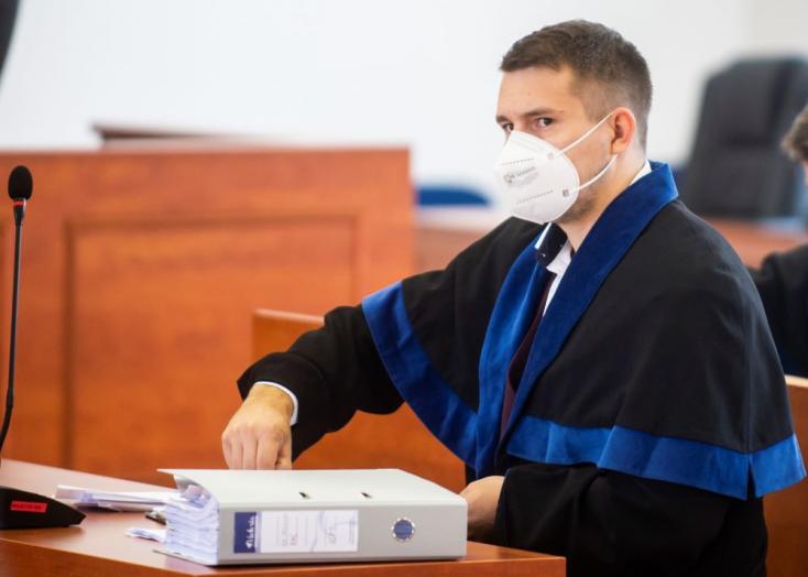 Pellegrini képviselőjének rokonát vizsgálati fogságba helyezik