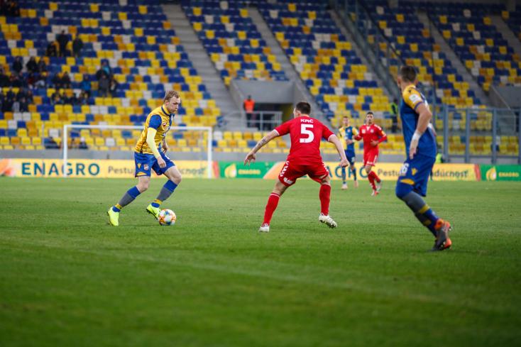 Mi lesz veled Senica? Kilátástalan a helyzet a klubnál, alig van játékos, aki pályára léphetne a DAC ellen