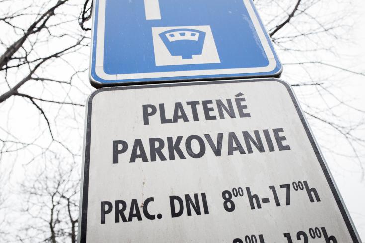Áprilistól jócskán odapakolnak a parkolási díjaknak Dunaszerdahelyen