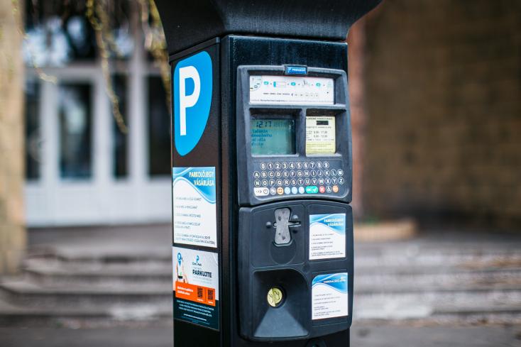 Júniustól mégiscsak parkolási forradalom lesz Dunaszerdahelyen – mutatjuk a részleteket!