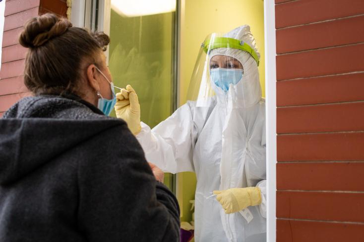Koronavírus - 77 újabb igazolt áldozata van a járványnak Szlovákiában