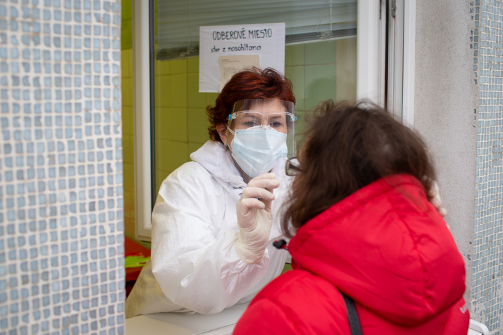 KORONAVÍRUS: Megugrott kórházban kezelt fertőzöttek száma, átlépte a négyezret