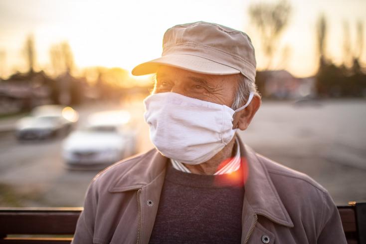 Koronavírus - Száznál is többen megfertőződtek Belgium egyik idősotthonában a brit vírusmutációval