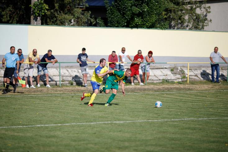 Nyugat-szlovákiai V. liga, déli csoport, 25. forduló: Taroltak az illésházaiak és a nyárasdiak (FOTÓK)