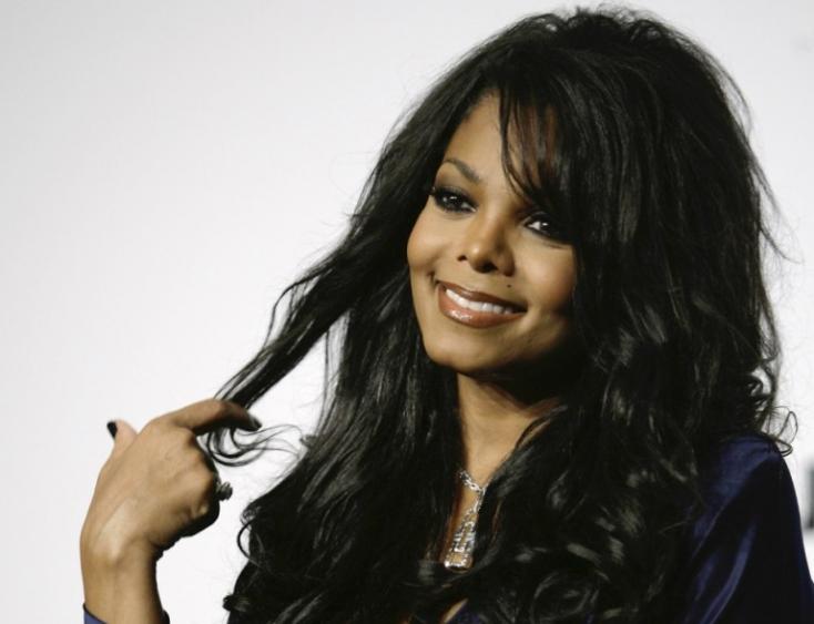 Janet Jackson és Chris Brown is fellép a szaúd-arábiai fesztiválon a jogvédők figyelmeztetése ellenére
