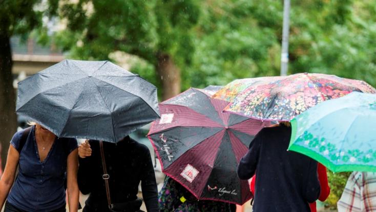 Szinte az egész országban esik, hétvégén újabb csapadékhullám várható