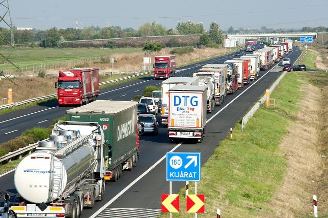 Kamionsofőrök tiltakoztak egy uniós elképzelés miatt