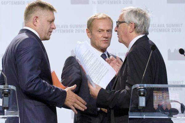"""Fico szerint az EU projektjének megvalósítása során """"nem lehet hátramenetbe kapcsolni"""""""