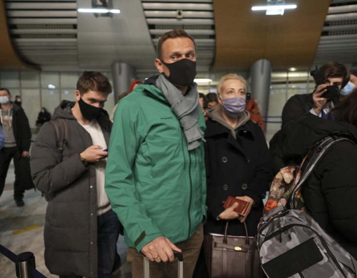 A Novicsok-fertőzésből Németországban kigyógyítottNavalnijszabadon bocsátását követelik európai vezetők és Biden leendő tanácsadója