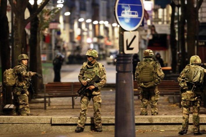 TERROR: Lövöldöztek Párizsban - több halott!