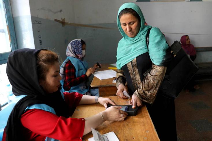 Alig ment el valaki választani Afganisztánban
