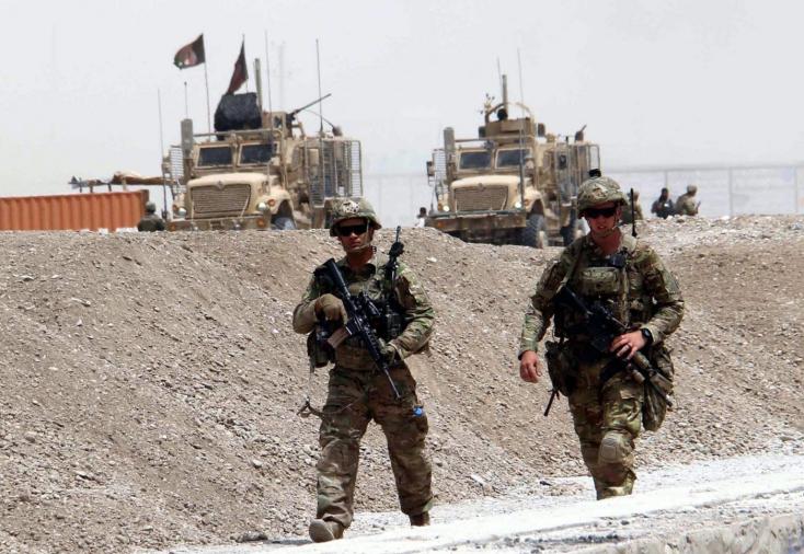 Pakisztán megnyitotta Afganisztánnal közös határát
