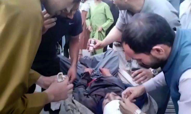 Tizenhárom katona és száz civil halt meg a kabuli merényletekben, összeül az ENSZ BT