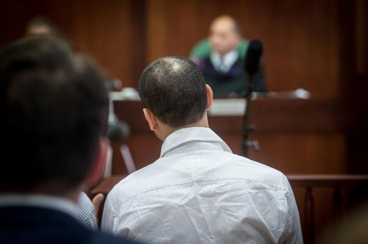 Törölték az ítéletet a röszkei terrorperben, új eljárás jön