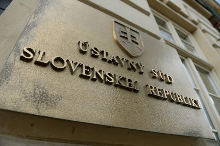 Alkotmányellenesek a szlovák Büntető Törvénykönyv bizonyos részei!