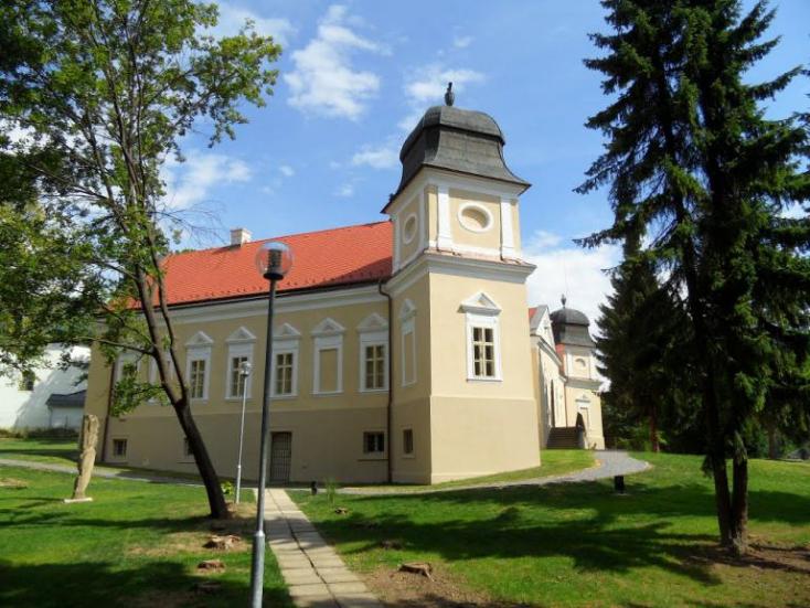 Tavasszal fejezik be az alsósztregovai kastélypark felújítását