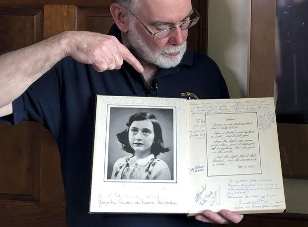 Digitalizálják Anne Frank édesapjának a leveleit