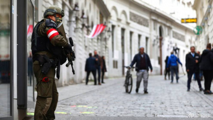 Házkutatásokat tartottak Németországbana bécsi merénylettel összefüggésben