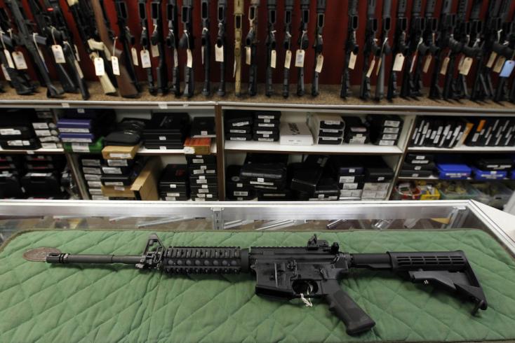 Elsöprő többséggel szavazták meg a fegyvertörvény szigorítását Új-Zélandon
