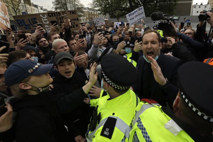 FUTBALLHÁBORÚ: Minden angol csapat visszalépett! A széleskérű tiltakozás rombolja le a Szuperligát?