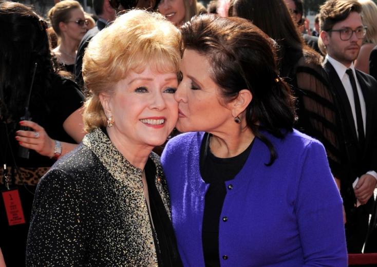Végső búcsút vettek Carrie Fishertől és édesanyjától, Debbie Reynoldstól