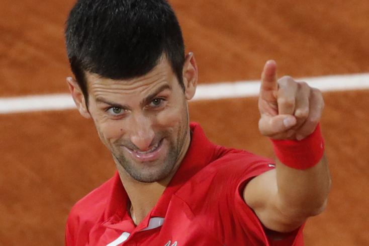 Djokovic megverte Cicipaszt, Nadallal döntőzik a Roland Garroson