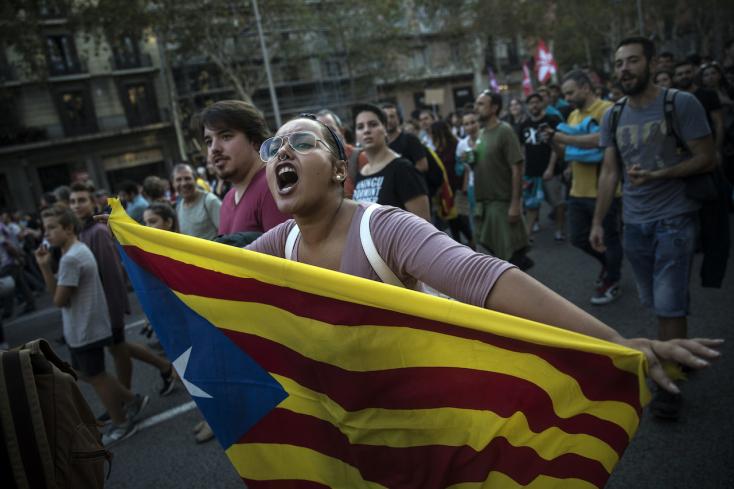 Holnap eldőlhet, kikiáltják-e a katalán függetlenséget