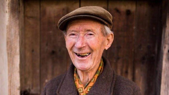 Holtan találták meg a szilveszterkor elmenekült 90 éves férfit