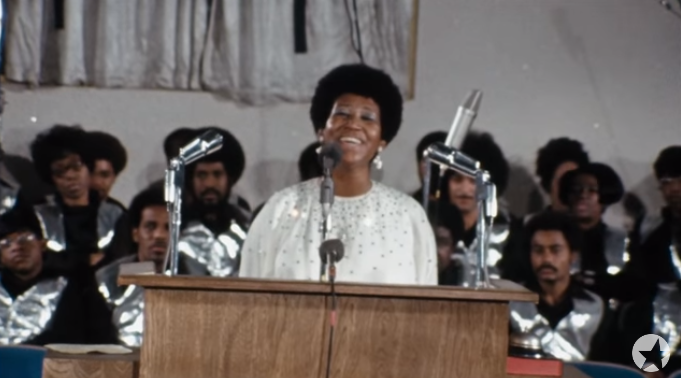Aretha Franklin kultikus templomi koncertjének filmje a mozikban