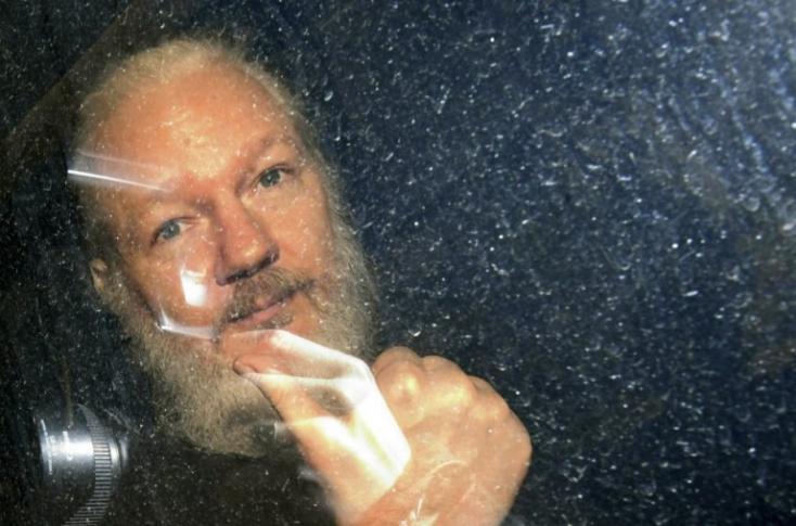 Kezdeményezték Svédországban Julian Assange őrizetbe vételét