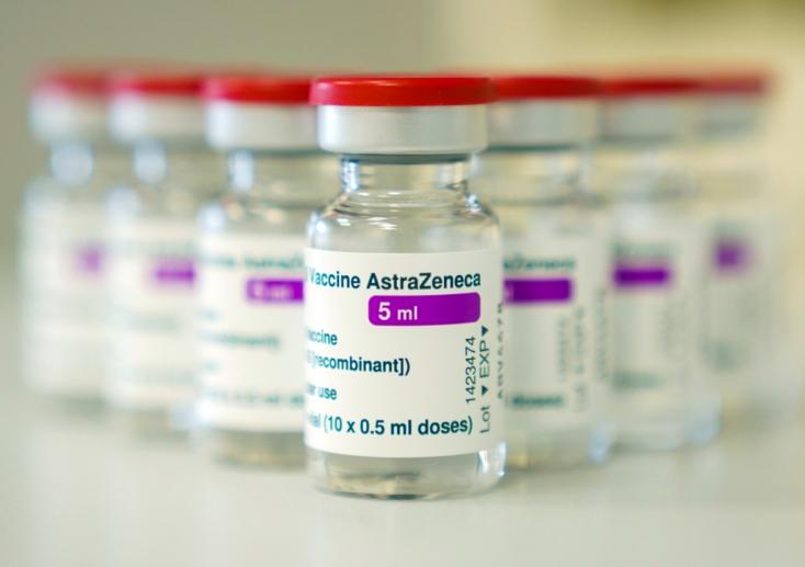 Norvégiában kórházba került három, AstraZenecával oltott egészségügyi dolgozó