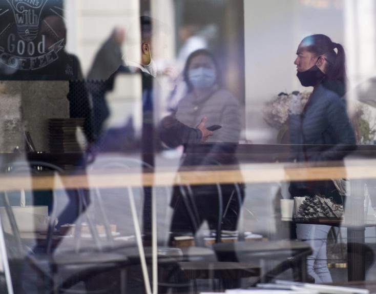 Koronavírus - Ismét több mint százan fertőződtek meg egy nap alatt Ausztriában