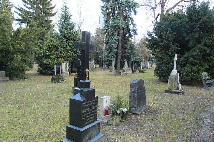 A temetésbe is beleszól a koronavírus Pozsonyban