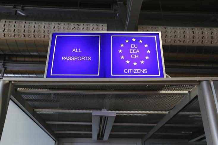 Lebukott a pozsonyi reptéren két külföldi, akik azt állították, hogy az egyik miniszter kérvényezte a beutazásukat