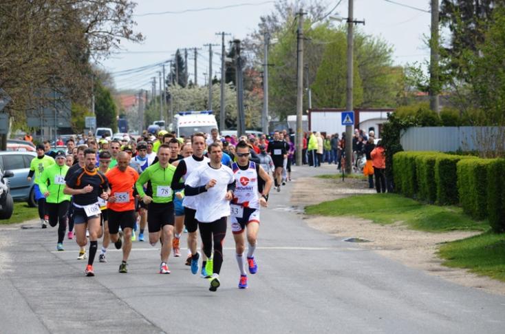 Szombaton harmincötödször rendezik Diósförgepatonyban a Barátság futóversenyt