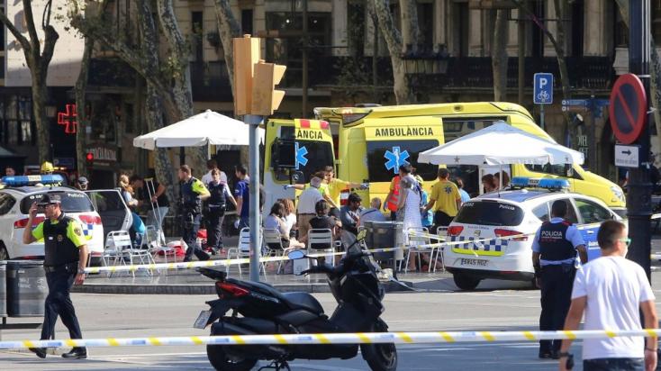 Barcelonai gázolás: más európai országokra is kiterjesztették a merénylő keresését