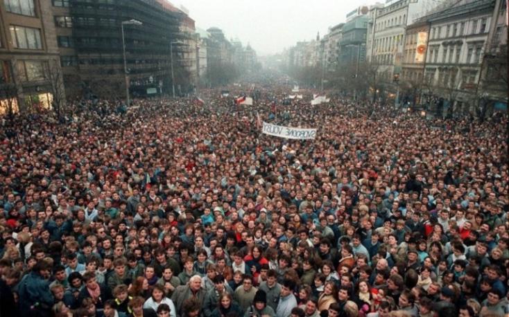 Jóváhagyta a kormány az 1989-es forradalom megünneplésének előkészítését