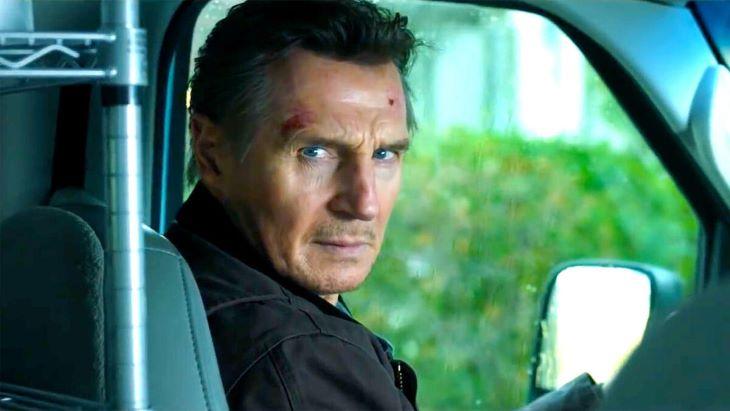 Liam Neeson thrillere tartja magát az észak-amerikai mozis toplista csúcsán