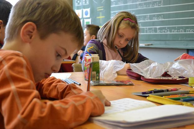 Áll a bál Nagyszarván: megy a mozgolódás, hogy szlovák osztályt is nyissanak a magyar alapsuliban
