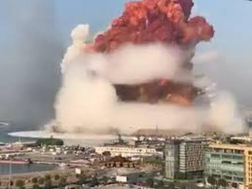 Brutális robbanás rázta meg a Közel-Kelet Párizsát, a közállapotok a New York-i ikertornyok elleni támadás szörnyűségeit idézik (VIDEÓ)