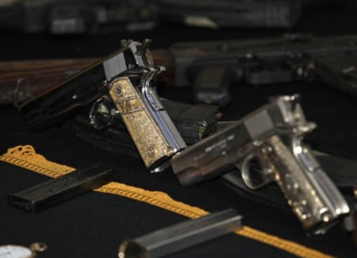 Fegyveramnesztiát hirdet Robert Kaliňák