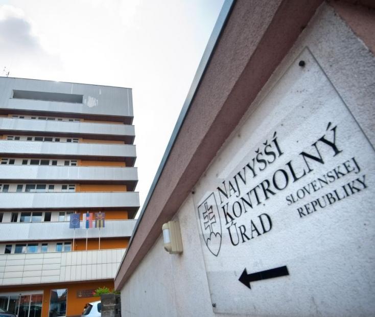 Állami Számvevőszék - Közel három éve lejárt a mandátuma, de még mindig Mečiar exminisztere áll az élén