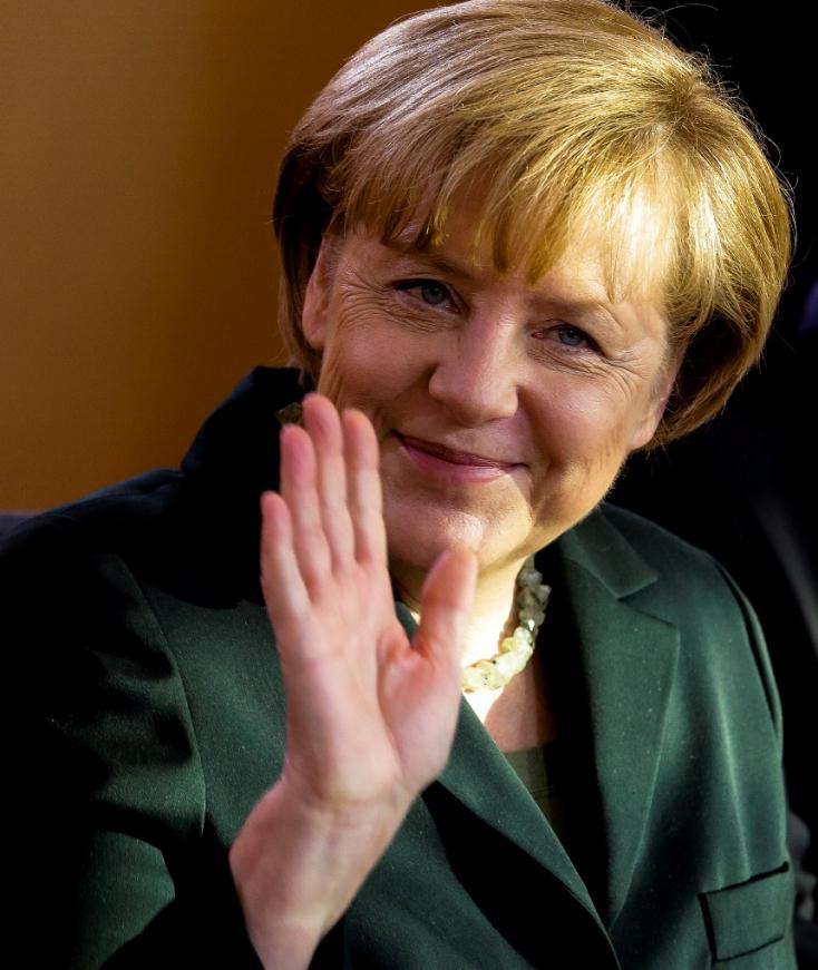 ELNÖKVÁLASZTÁS: Angela Merkel is csípi Hrušovskýt