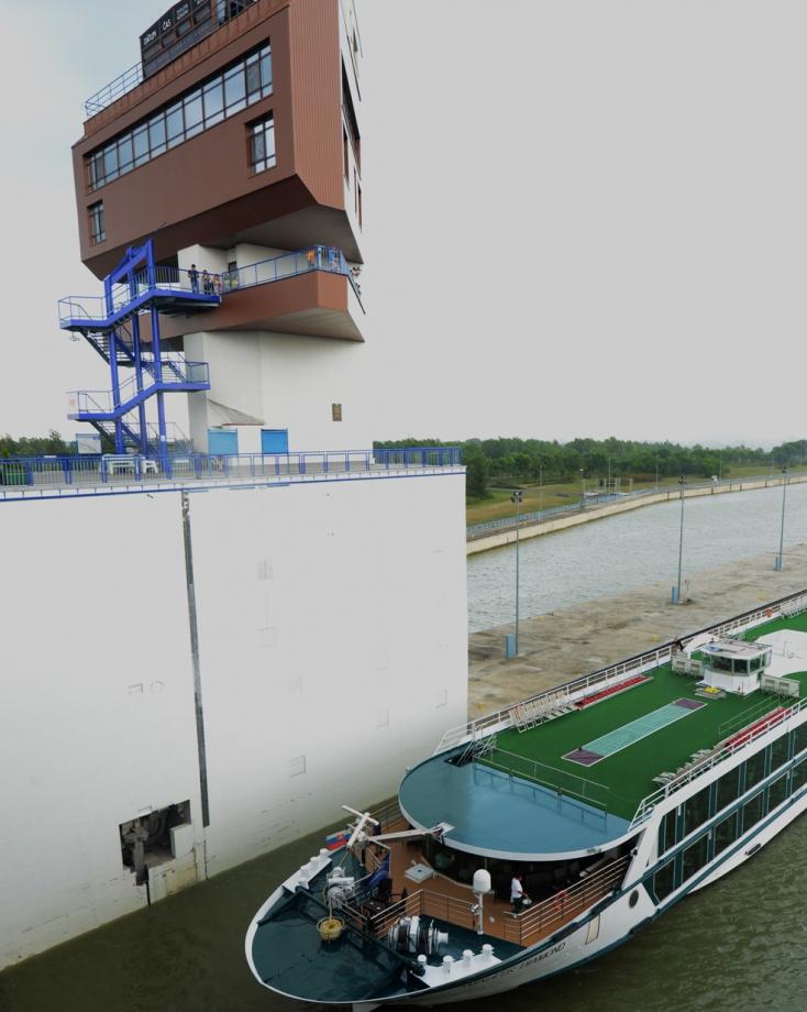 Fico 350 millió eurós pert készül indítani a bősi vízi erőmű kapcsán az Enel ellen