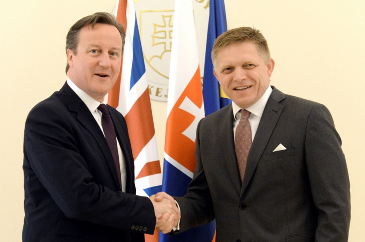 Cameron lobbizni jött Pozsonyba. Ficóval már kiegyezett